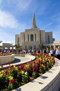 With more than 400,000 online reservations and others who came without tickets, the Gilbert Temple saw large, steady crowds of visitors during the weeks the temple was open for public tours.  Photo by John Power, Biltmore Photo.