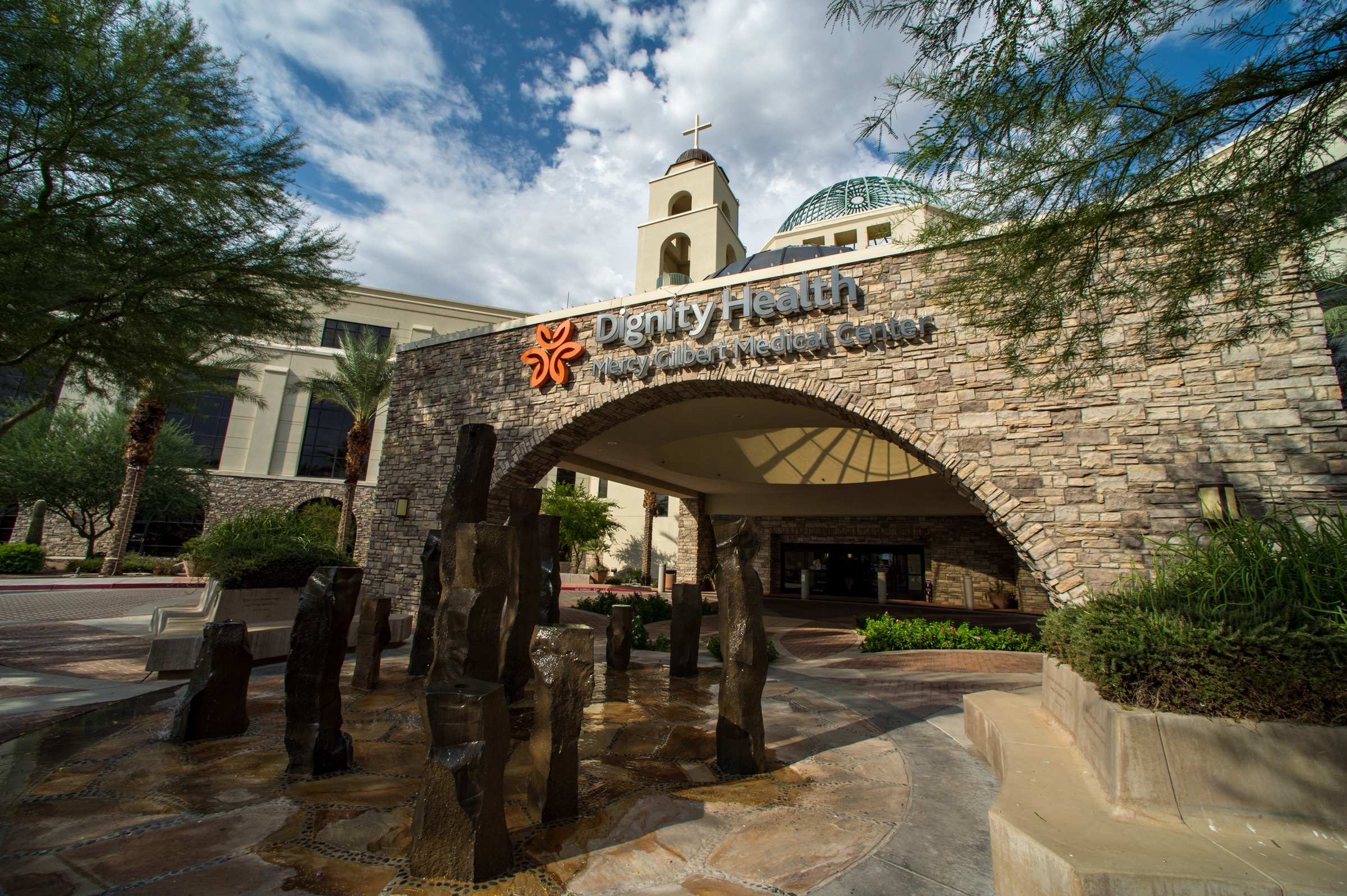 Mercy Gilbert Medical Center, In The Tradition Of Its Parent Company, Dignity Health, Is A Full-service, Acute Care Hospital Where East Valley Residents Of All Ages And Backgrounds Experience A Unique Healing Environment And Are Treated With Dignity And Respect. Photo By Mark Skalny Photograph.