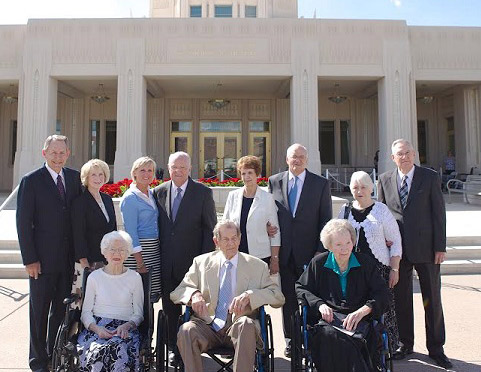 Former Mesa Temple Presidents Visit The Phoenix Temple