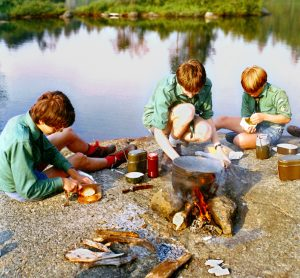 Easy recipes are go-to choices for camping with kids, who love to be involved in all aspects of meal preparation. Photo by Mirdsson2 | Creative Commons