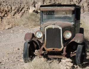 A beat-up old car outside of Quartzite: just the kind of sight you can expect if you go in search of Arizona's ghost towns.