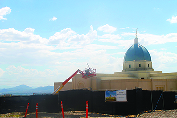 The newly-mounted Angel Moroni tops the Tucson Arizona Temple. Photo by Monica Shipley