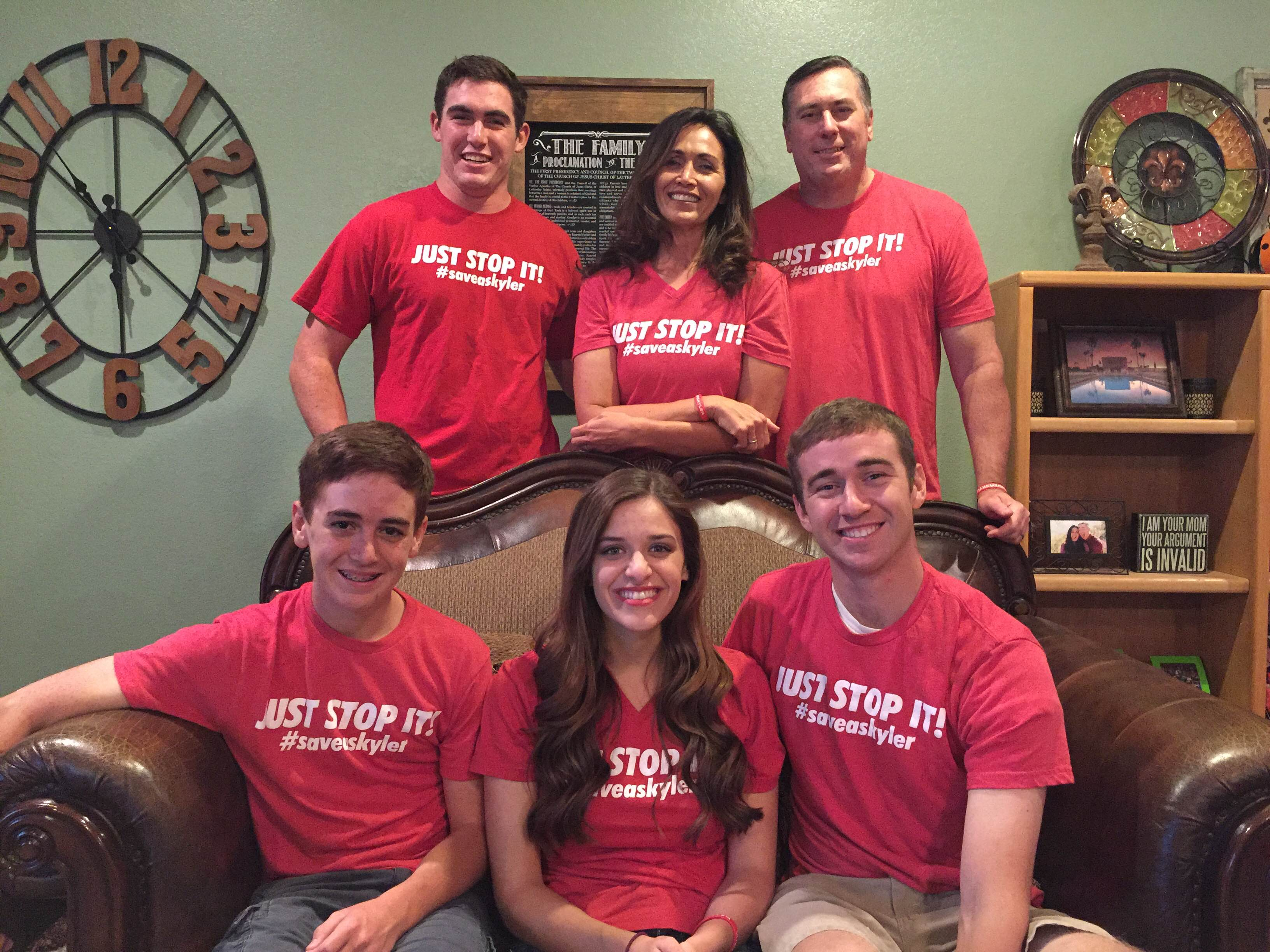 Stop Bullying The Wren Family (back Row Left To Right – Jack, Patti, And Bill Wren;  Front Row Mark, Allie (Bryson's Wife) And Bryson Wren) Show Off Their Red T Shirts, #saveaskyler, Just Stop It! Photo Courtesy Of The Wren Family