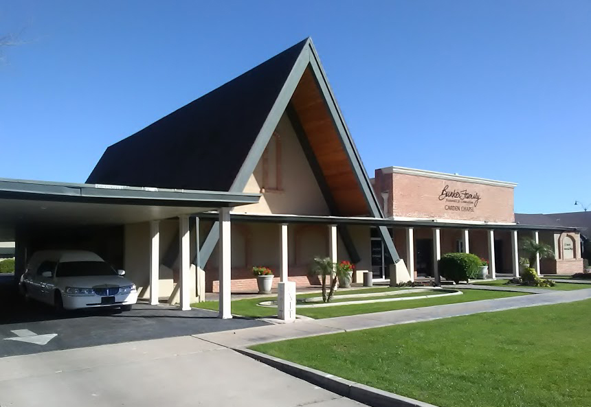 Bunker Family Funeral And Cremation In Mesa, Offering A Full Range Of Service Since 1913. Photo By Robert Ogden.