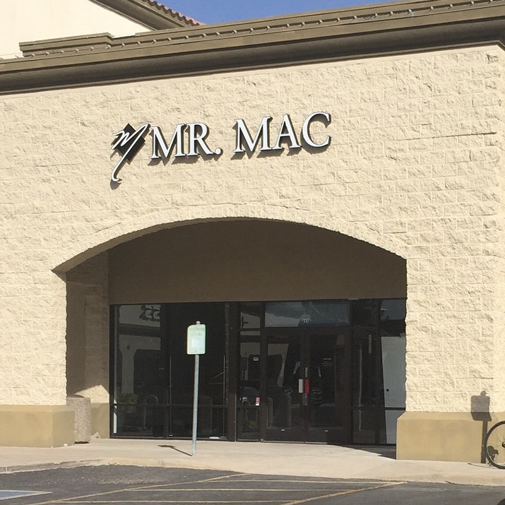 "Well Suited: The ""Mr. Mac Experience"" Comes To Arizona"
