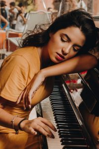 Piano practice feeling a little tired lately? Piano Marvel can help! Photo via Pexels.